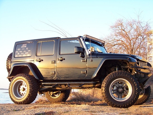 Wrangler 4dr built by jaysfineline with vector fp5 faceplate wheels