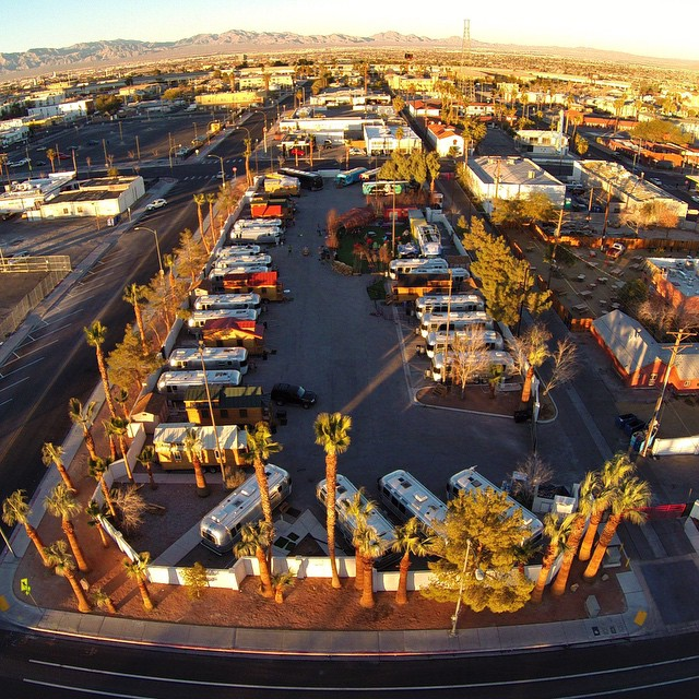 Golden hour and #AirstreamVillage in #DowntownProjectLV. by malimish_dan