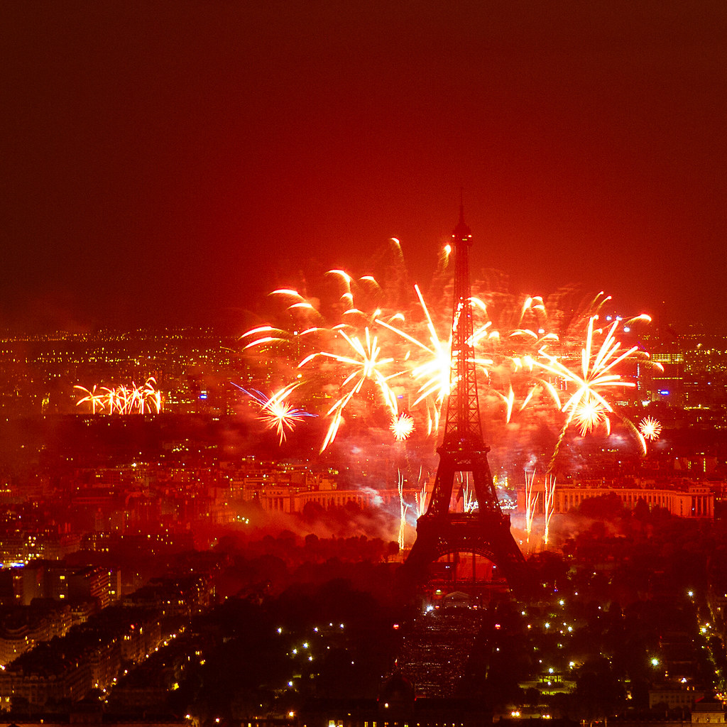 feu d artifice du 14 juillet 2013 sur le de la tour flickr