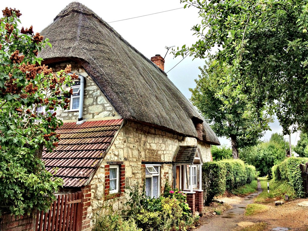 English village cottage the royal road flickr for Pictures of english country cottages