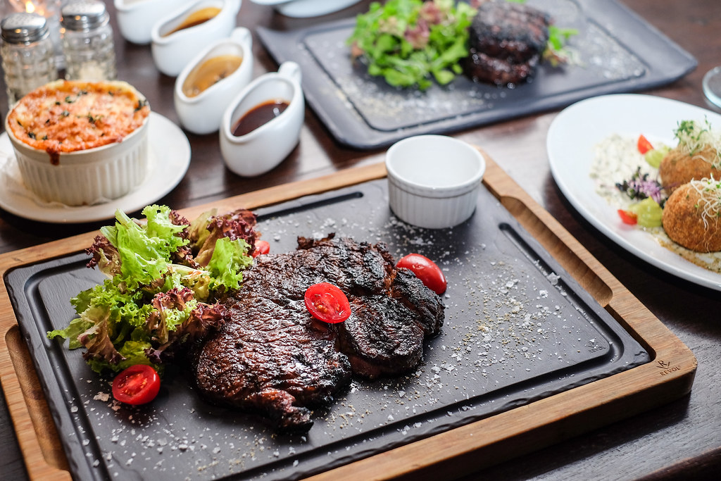 Culinary Hotspots: The Steakhouse