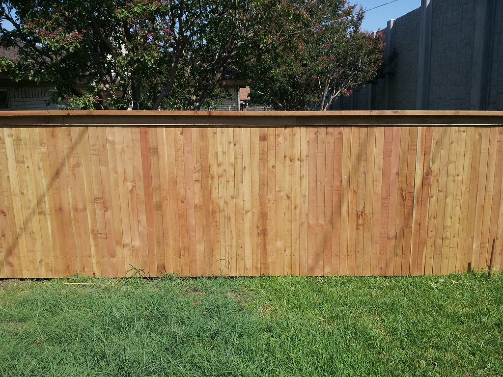 Cedar Fence Unstained Side By Side With Top Cap And Trim Flickr