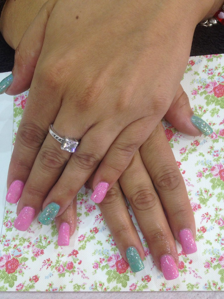 Full set of acrylic nails mint carrabian and pink gel poli ...