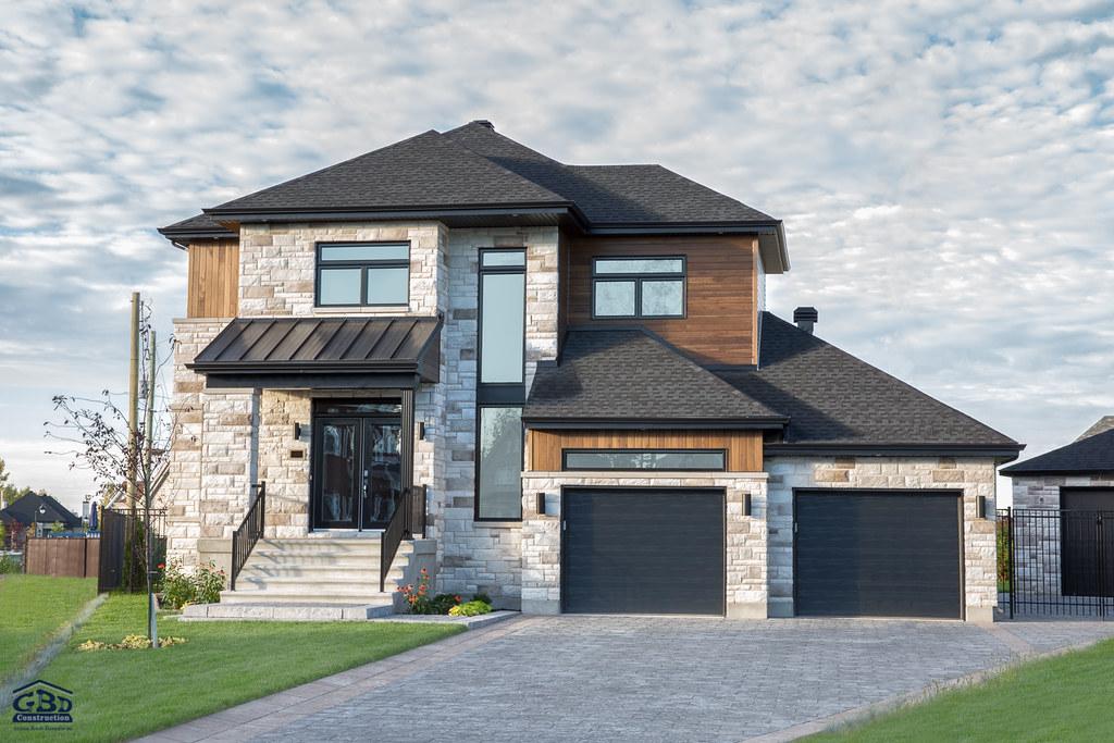 L 39 habitat avec garage double maison neuve tages gbd for Ajout de garage maison