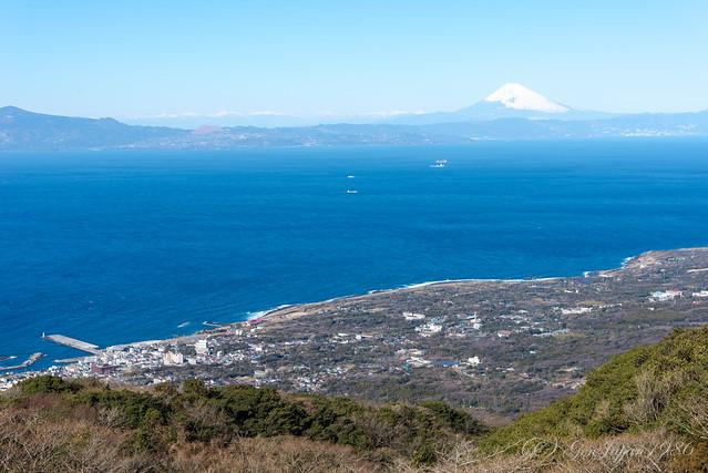 三原山から見た富士山