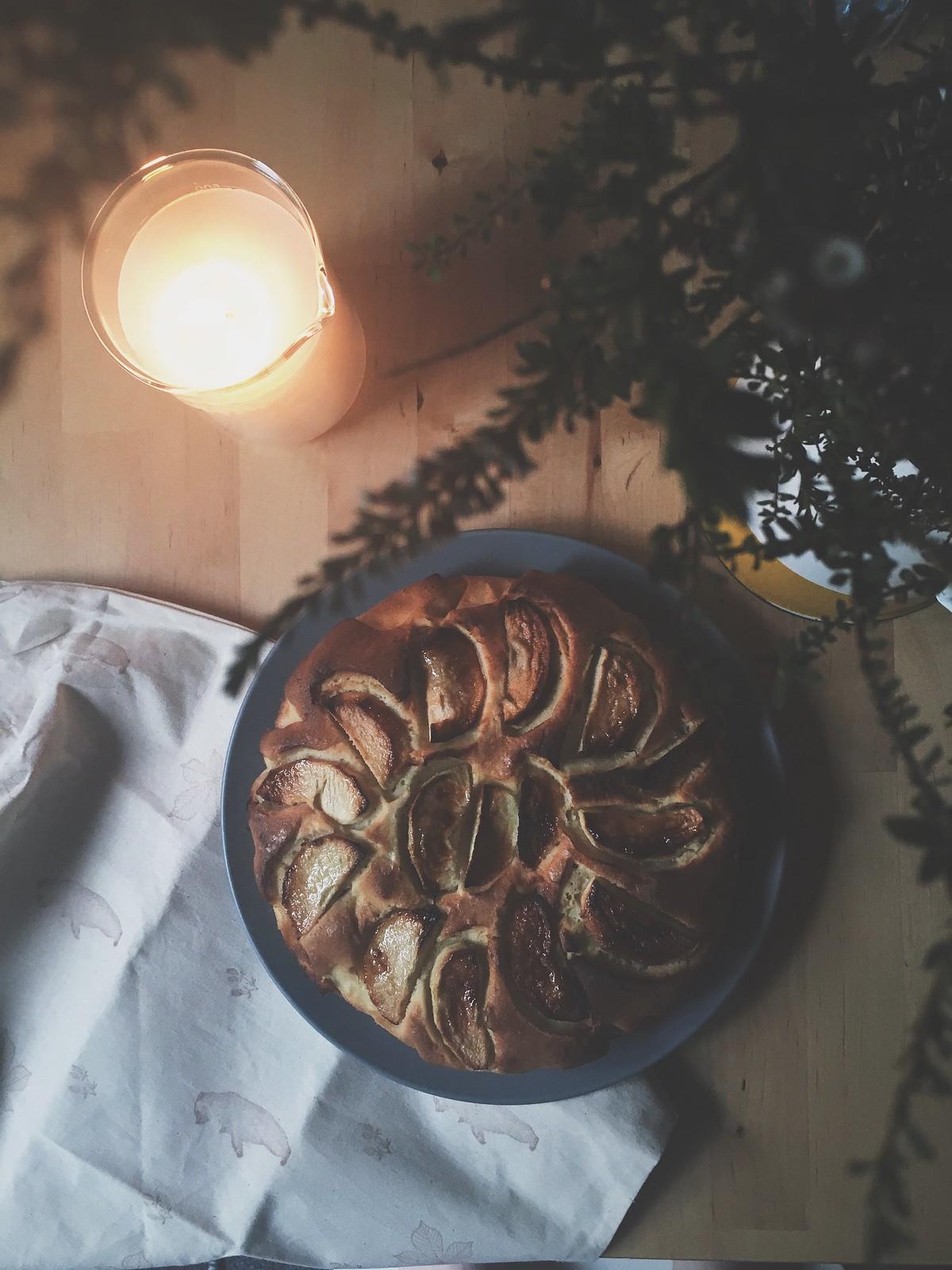 Apple Cake, Dessert, Bramble and Thorn