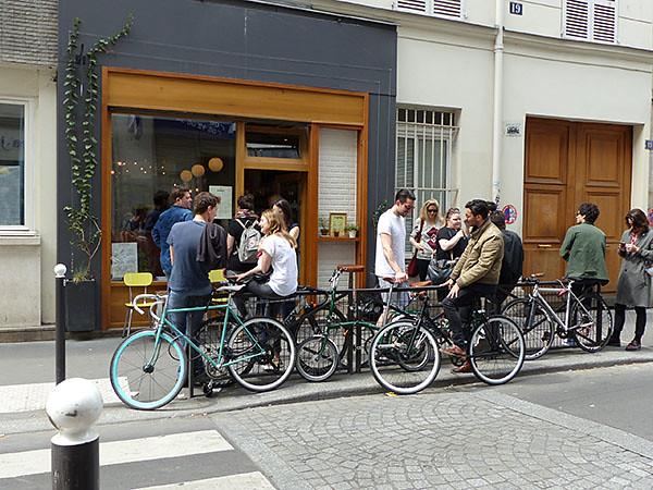 vélos devant le resto