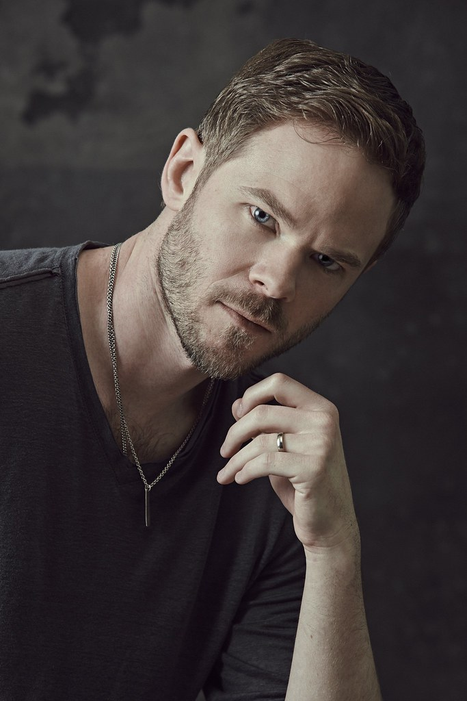 shawn ashmore smallville