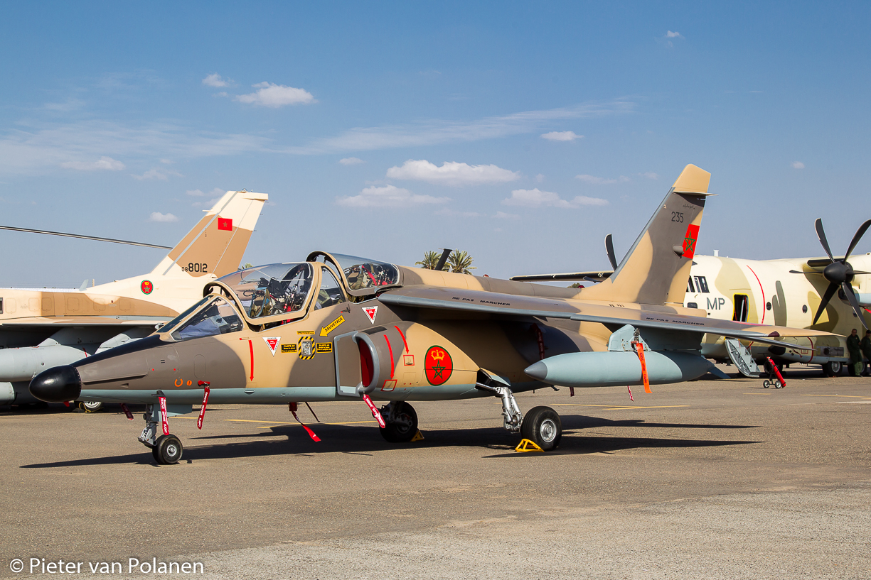 FRA: Photos avions d'entrainement et anti insurrection - Page 9 26994579930_982706a33a_o