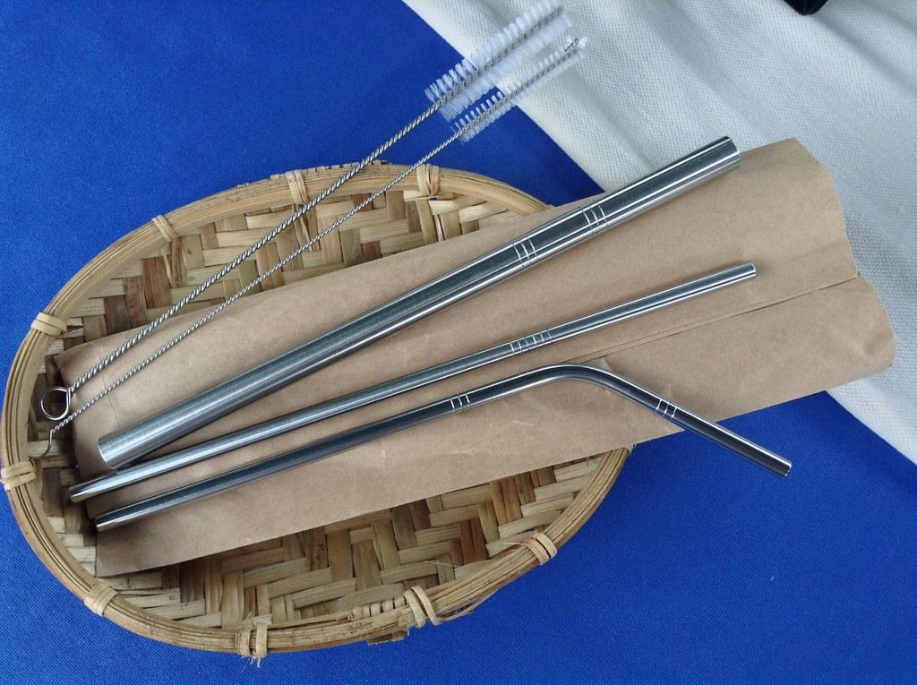 QC館的吸管大多只用紙袋簡單裝起。圖片來源:台灣環境資訊協會。