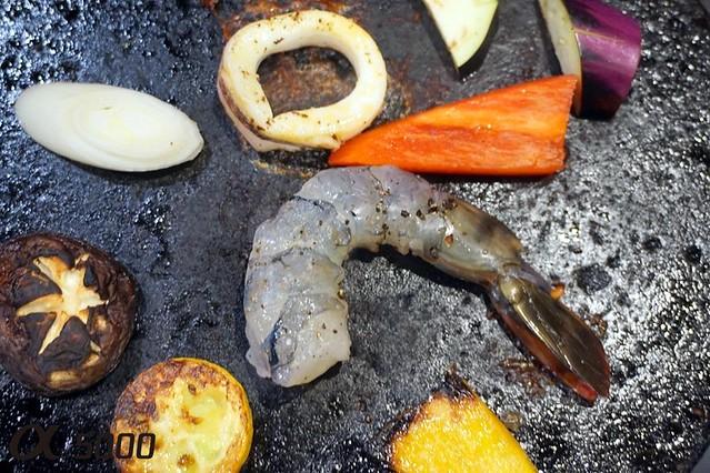 Ju.Ne Japanese Restaurant Publika - Saga Beef , hot plate -007