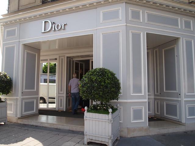 P5281820 Dior(ディオール) シャンゼリゼ大通り L'Avenue des Champs-Élysées パリ フランス paris france