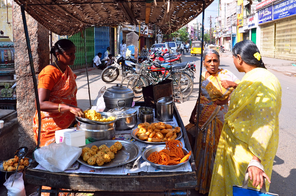 India tamil nadu madurai streetlife food stall 8 for Aharam traditional cuisine of tamil nadu