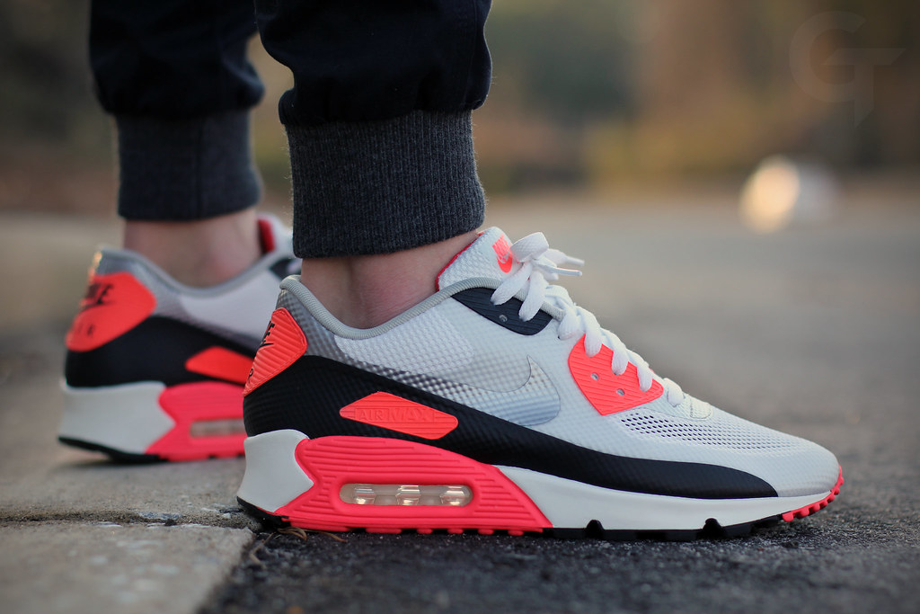 Nike Air Max Hyperfuse Infrared