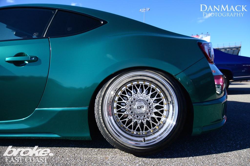 Teal Blue Metallic Auto Paint