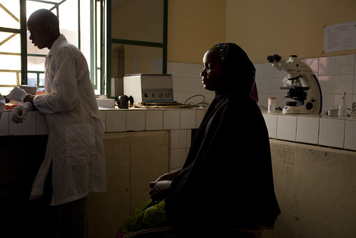 Koro Mariko has blood tests done at the Centre De Sante Communautaire De Banconi | by World Bank Photo Collection