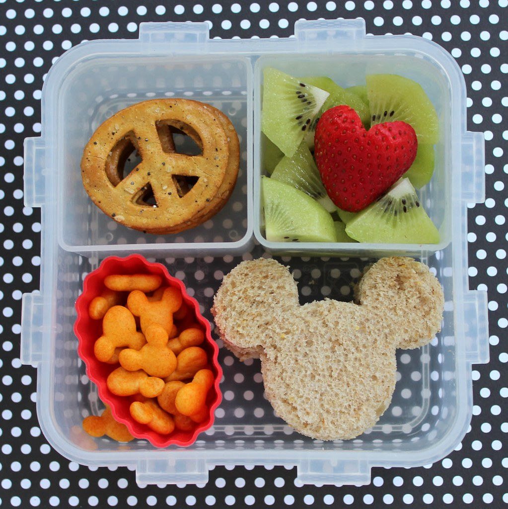peace love and mickey mouse preschool bento box lunch flickr. Black Bedroom Furniture Sets. Home Design Ideas