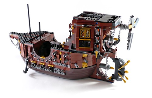 70810 MetalBeard's Sea Cow 311