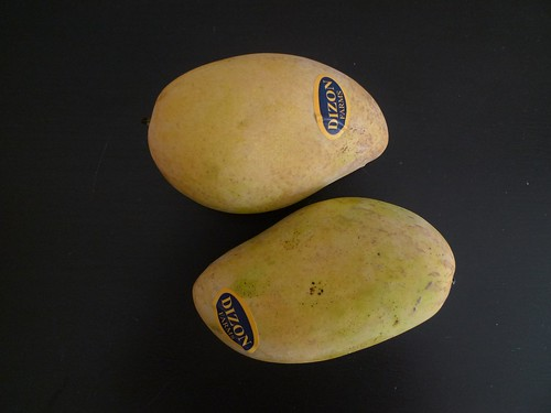 Mangoes from Dizon Farms in the Philippines