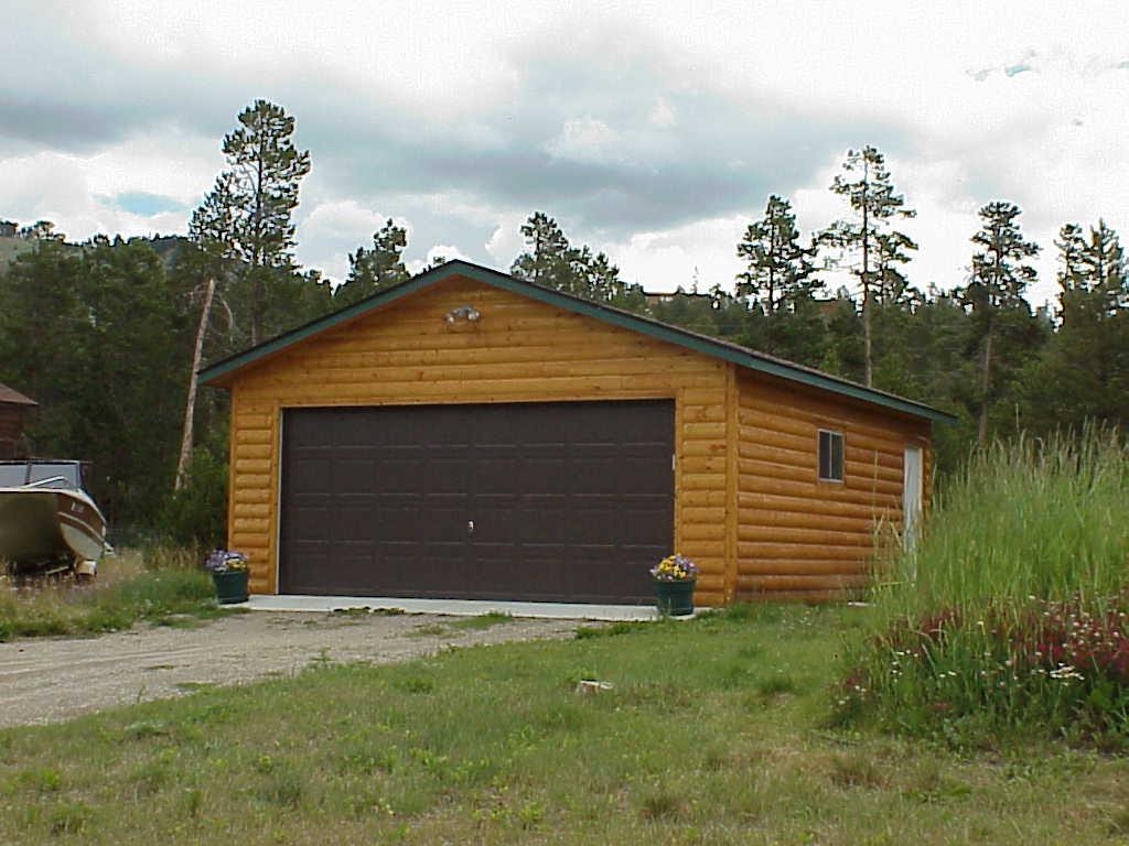 20 24 Garage : Premier ranch garage with endwall