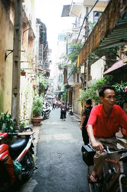 {Hanoi - on the street 7}