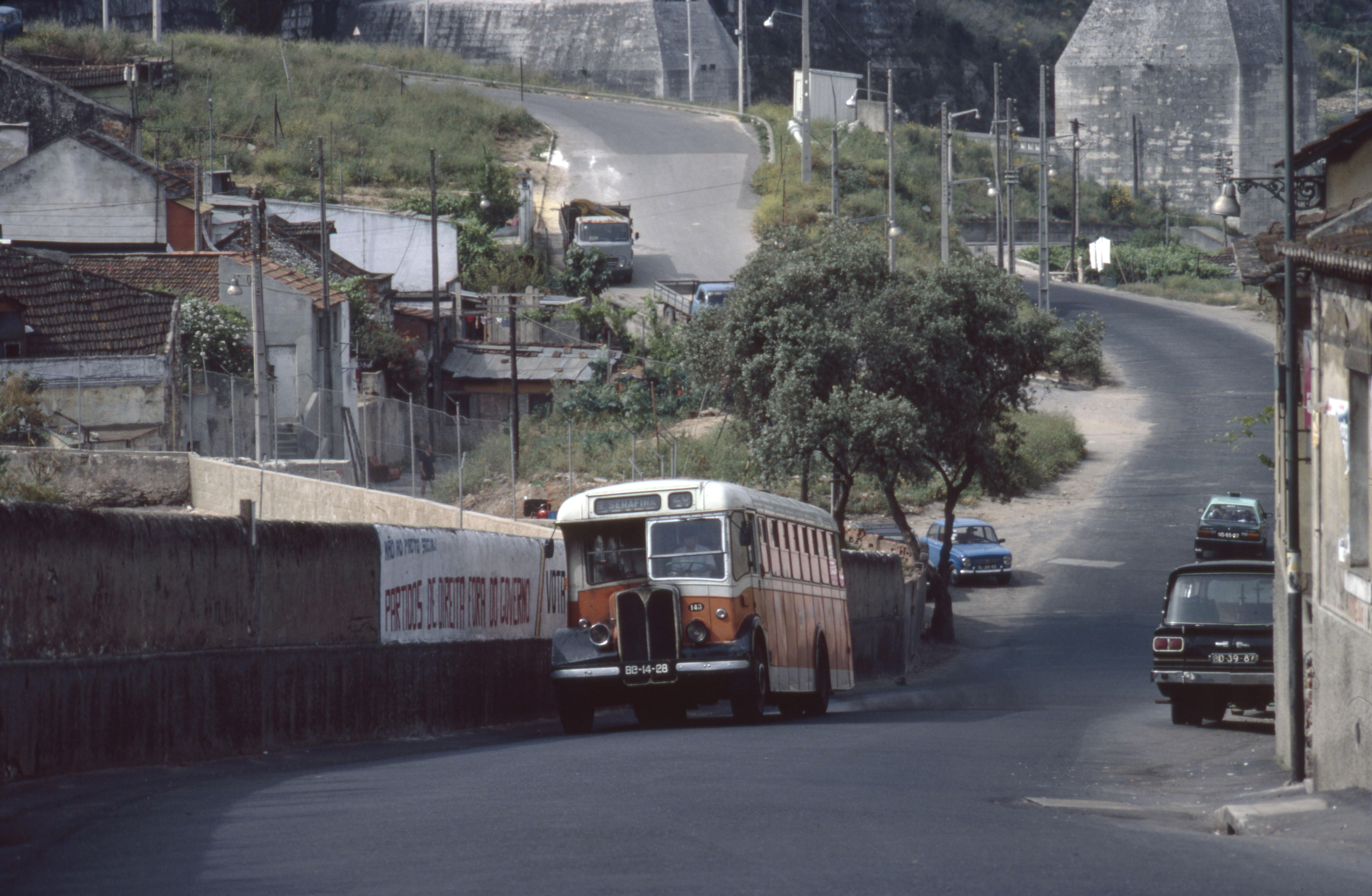 Autocarro da Serafina, Campolide (M. Rhodes, 1983)