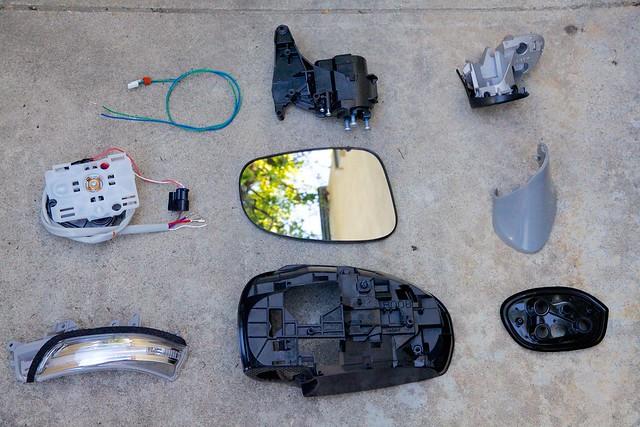 Jdm Toyota Wish Power Folding Side Mirror Assembly