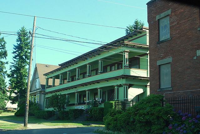 Magnolia Court Old School Craftsman Apartment Building