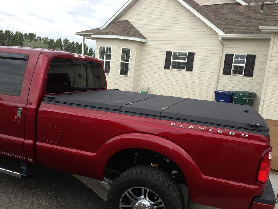 Ford Super Duty >> Black Folding Truck Bed Cover on Ford Super Duty Platinum … | Flickr