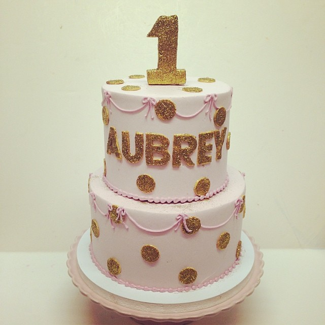 Birthday Cake Images Gold : Pink and gold first birthday cake #polkadotscupcakefactory ...