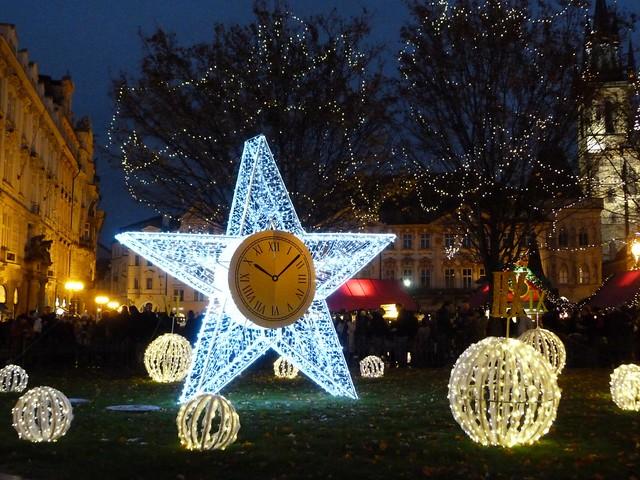 Decoración navideña en Praga