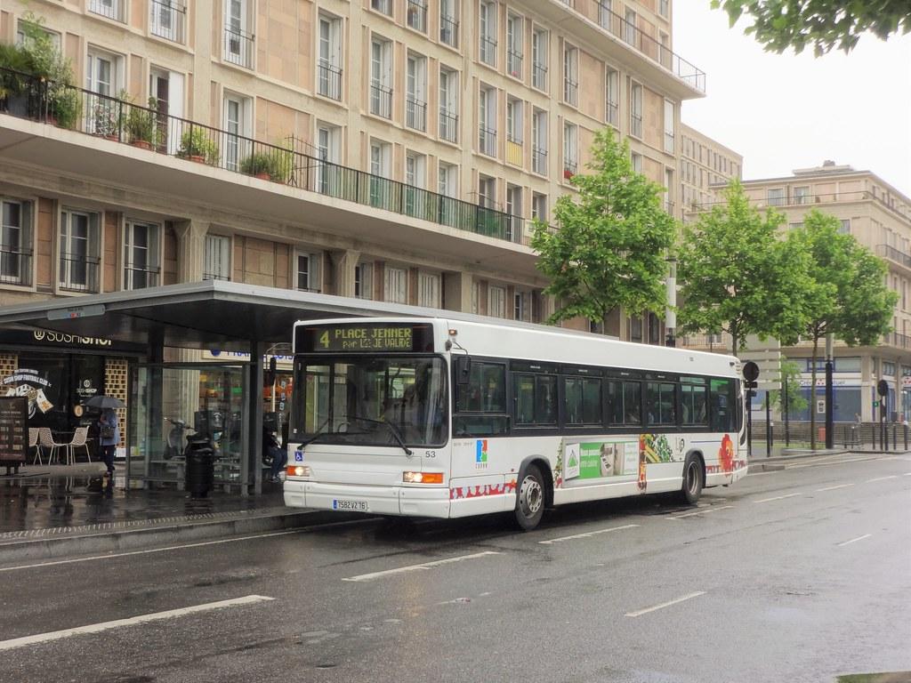 Heuliez bus gx 317 n 053 le havre lia ligne 4 gx 317 for 3d architecture le havre