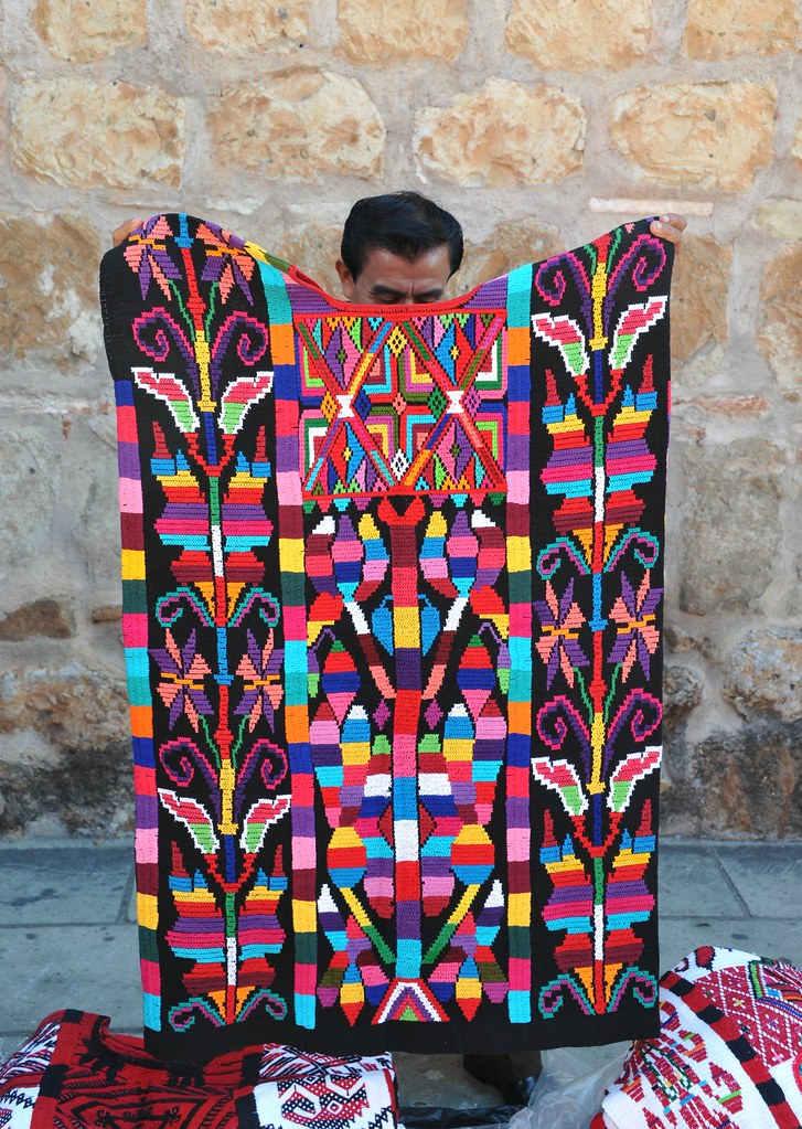 Mexican Huipil Oaxaca | A man from Usila in northern ...