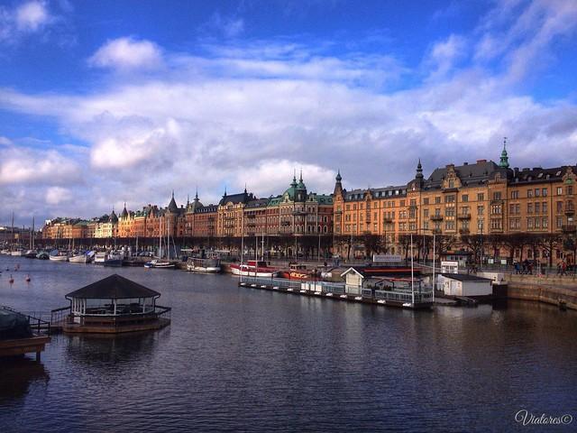 Вид на набережную Страндвеген в Стокгольме.. Stockholm. Sweden