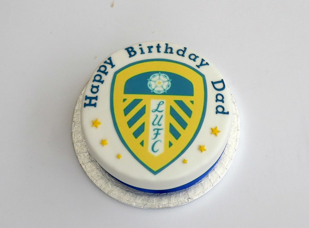Cake Decorating Job Leeds : Leeds United Football Logo Birthday Cake Melissa Rayner ...