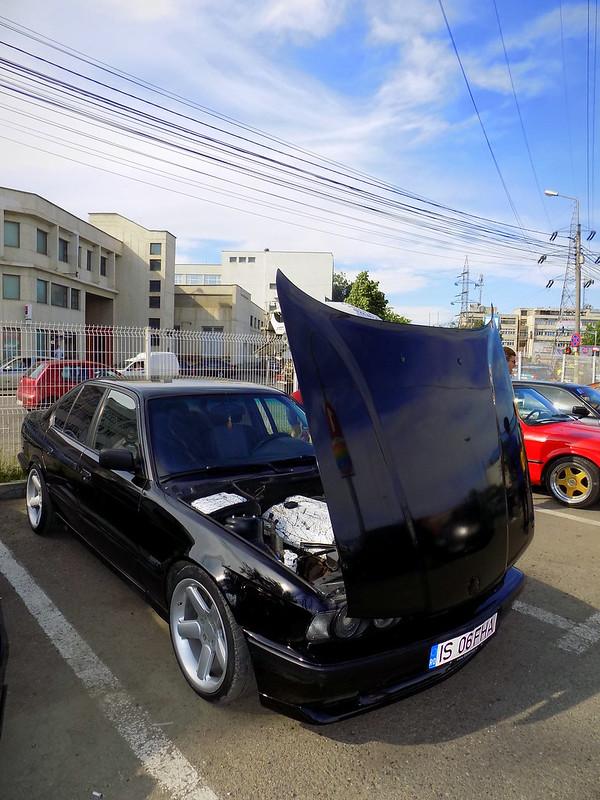 Automotive photography 26961843602_1c3d224c28_c