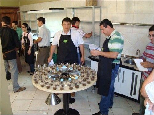 Prova do 1º Concurso de Qualidade de Café da Cocamig (2011)