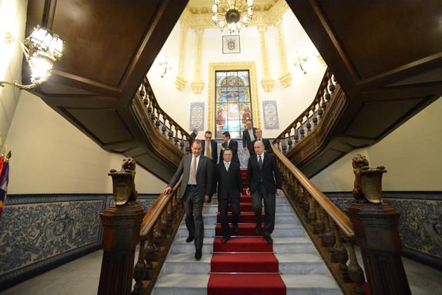 Photo for Foto del ministro del interior