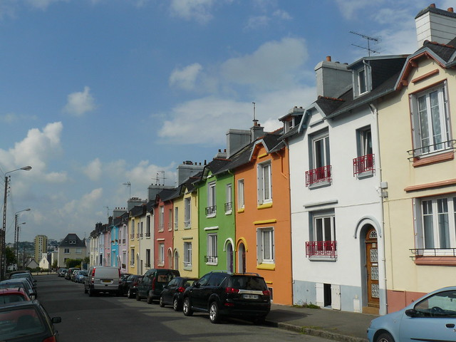 Maisons de ville aux fa ades color es rue f lix le dantec - Les facades des maisons ...