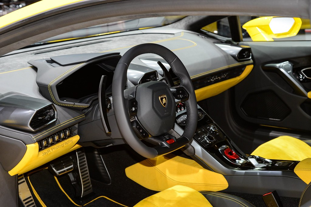 lamborghini huracan interior a big step over the gallardo flickr. Black Bedroom Furniture Sets. Home Design Ideas