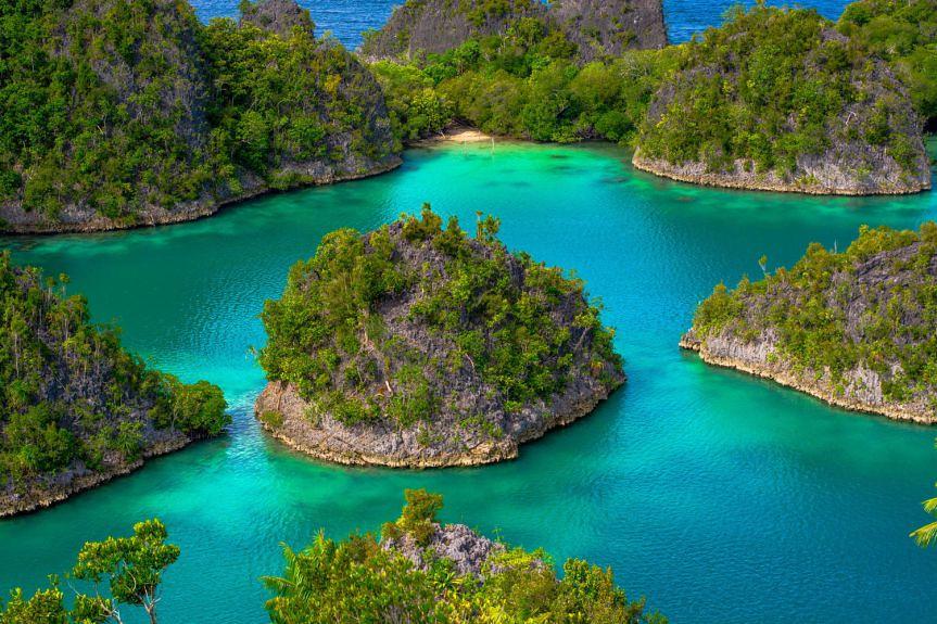 Fam Islands (2)