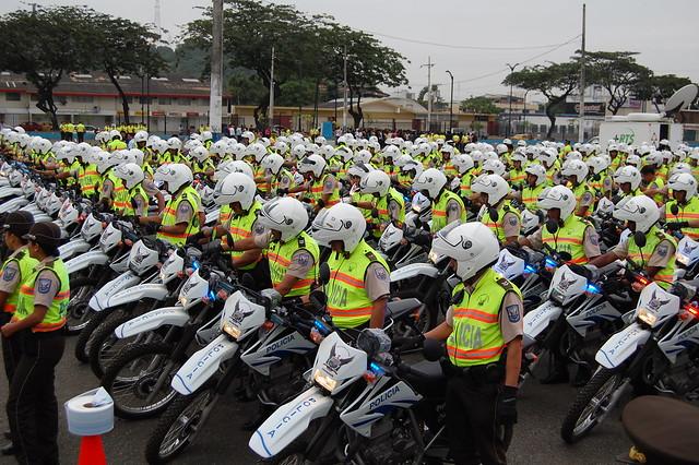 Ministerio del interior entrega 300 motos a dmg flickr for Ministerio del interion