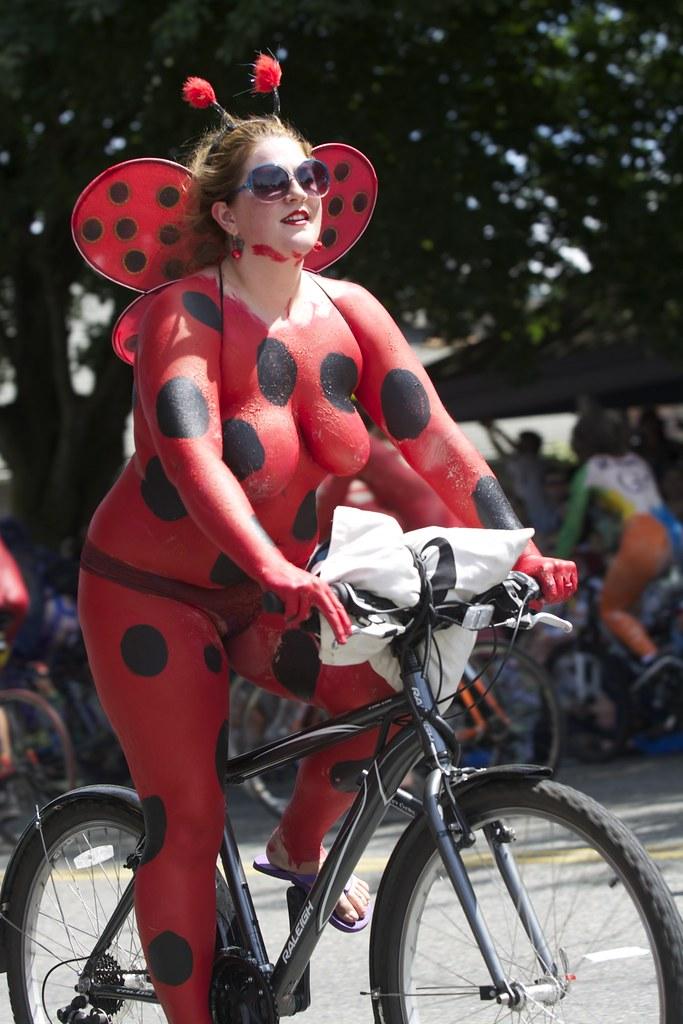 Fremont Solstice Parade - Nude Bike Parade at Fremont - Se
