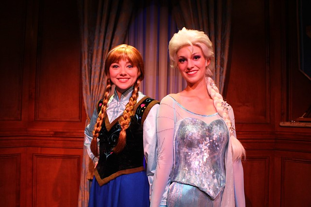 meet anna and elsa at magic kingdom