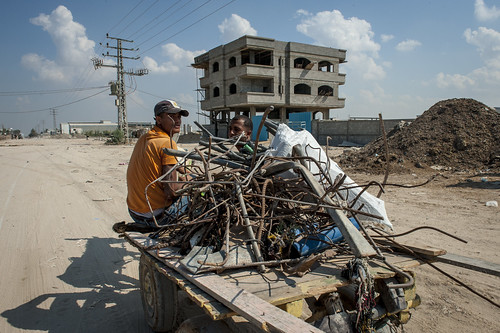Old industrial area in North Gaza, where scrap metal is recycled | by World Bank Photo Collection