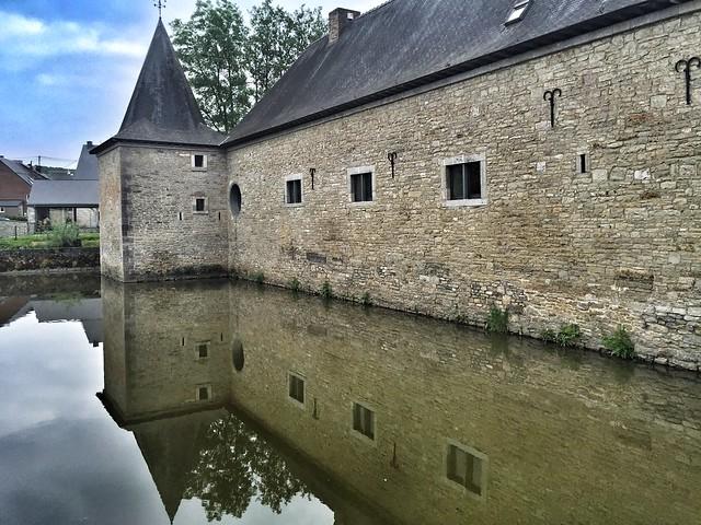 Castillo de Lavaux-Sainte Anne (Valonia, Bélgica)