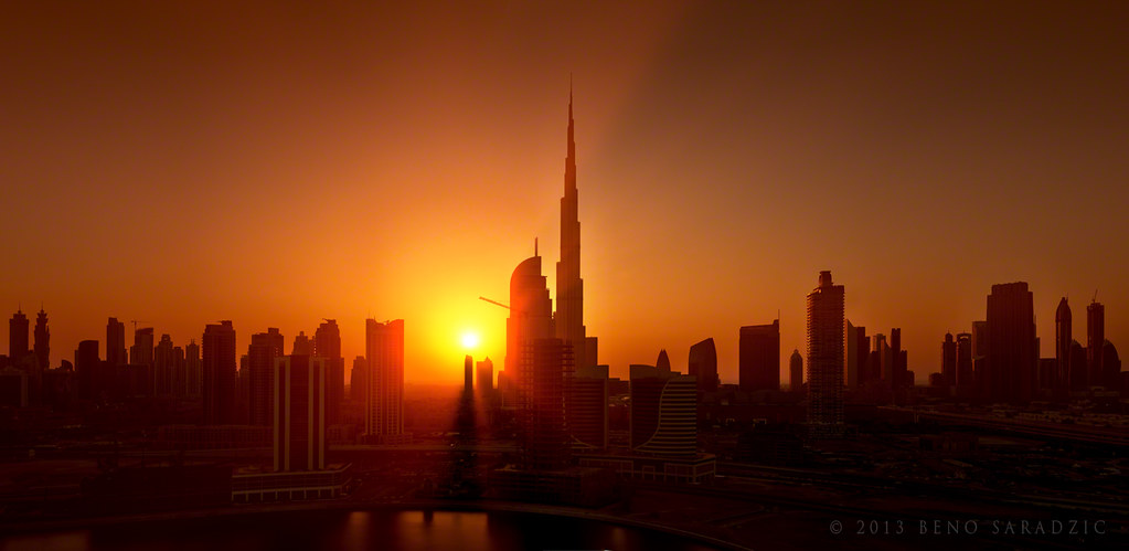 Sunset Building Dubai Dubai Sunset Skyline | by