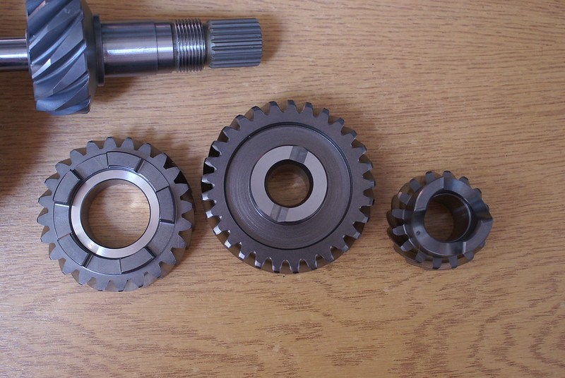 High Ratio gears and final drive. Changing gears and bevel box pinion removal. 27771312425_dea36f79b3_c