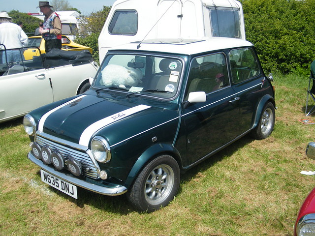 1994 mini cooper s 39 john cooper 39 signature car 39 grand prix. Black Bedroom Furniture Sets. Home Design Ideas