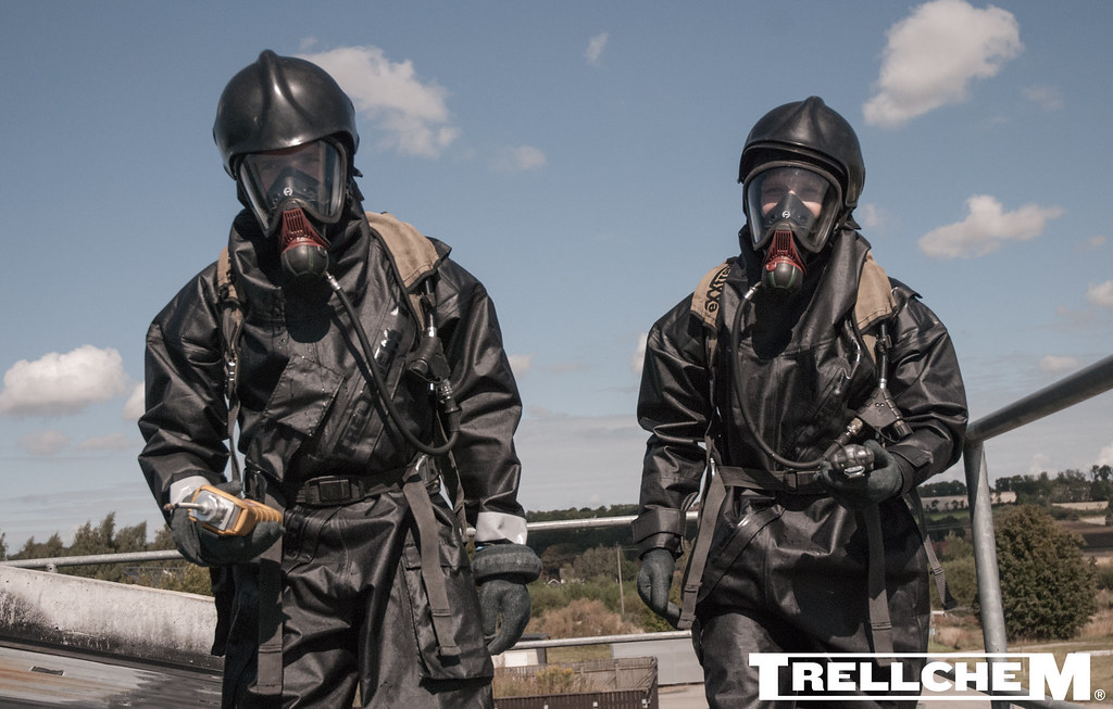 Protective Film Solutions >> TRELLCHEM® ACT - tactical suit for CBRN first response (11 ...
